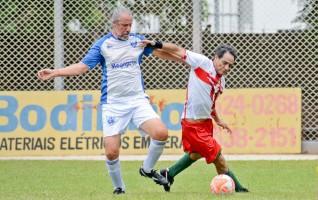 Dez jogos movimentam hoje a Taça Hazimu Bando de Futebol Máster e Super Máster
