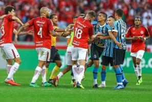 Grêmio e Inter aguardam resposta da Conmebol para saber punições na Libertadores