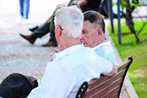 Geriatra afirma que risco de coronavírus em idosos é altíssimo