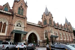 De 'portas abertas', Santa Casa se prepara para pico de infectados