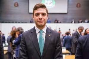 Deputado quer antecipar formatura de alunos de Medicina em São Paulo