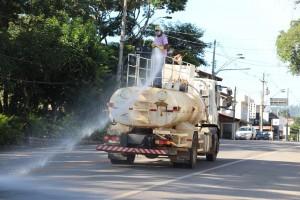 Prefeitura de Morungaba realiza barreiras e higienização nas ruas