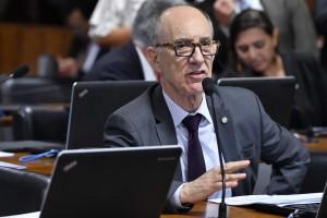 Rui Falcão vai à Justiça para afastar Carlos Bolsonaro de 'gabinete' no Planalto
