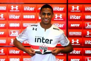 Bruno Alves tenta escapar de 'notícias distorcidas' e promete São Paulo forte
