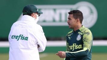 Com acordo encaminhado, Palmeiras espera concluir saída de Dudu nesta terça-feira