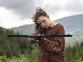 'Hanna' traz adolescentes que descartam os estereótipos femininos