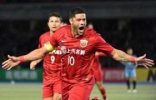 Palmeiras monitora situação do atacante Hulk na China e estuda fazer proposta