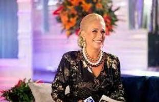 Andréa Beltrão diz que não recebeu joias de Hebe: 'Era brincadeira'