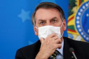 Na data em que Brasil ultrapassa 100 mil mortos, Bolsonaro destaca recuperados