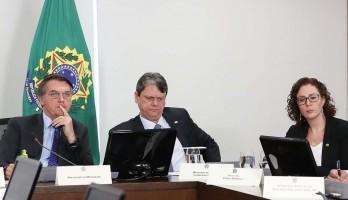 Bolsonaro indica 10 novos vice-líderes do governo e dispensa Zambelli e mais sete