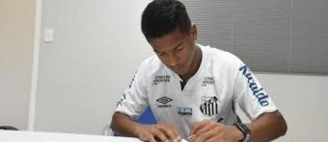 Com semana marcante, Ângelo supera Pelé e é o 2º mais novo a jogar pelo Santos