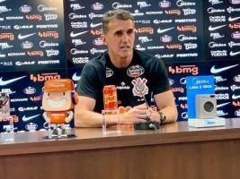 Mancini diz ter convicção de que 'as coisas vão se ajustar' no Corinthians