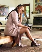 Negra Li mostra toda sensualidade e celebridades curtem final de semana em Campos