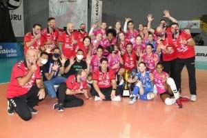 O campeão voltou: Osasco São Cristóvão Saúde levanta o título de 2020 e conquista seu 15º estadual