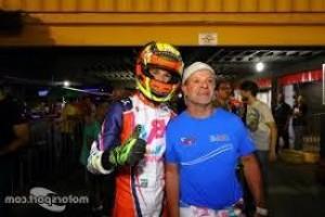 Filho de Barrichello assina contrato para correr na Fórmula Regional Europeia