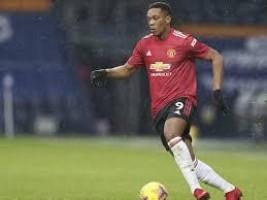 Martial volta a ser alvo de comentários racistas após empate do Manchester United