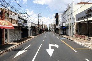 Após lockdown, Araraquara não tem mortes por covid em dia de recorde no Estado