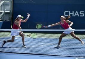 Luisa Stefani estreia com vitória nas duplas no Torneio de Miami