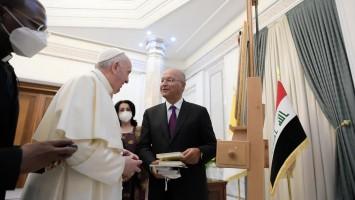 Papa Francisco inicia viagem histórica ao Iraque
