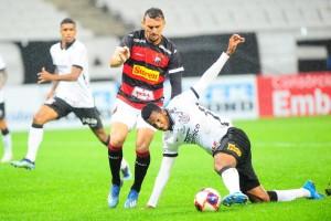 Com parada de 8min do VAR, Corinthians faz 2 a 0 no Ituano com gols de Otero e Jô