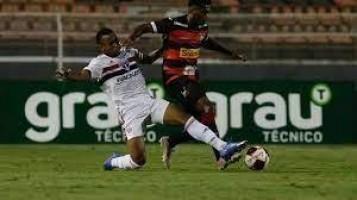 Em Itu, São Paulo vence seu sétimo jogo consecutivo e se classifica no Paulistão