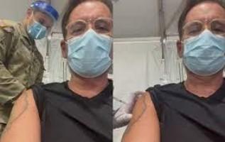 Leandro Hassum recebe 2ª dose da vacina contra covid-19 nos EUA