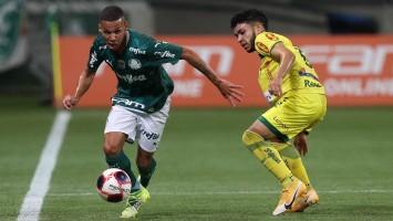 Palmeiras para em Alex Muralha, perde do Mirassol e se complica no Paulistão