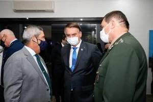 Bolsonaro veta PL que prorrogava prazo de entrega da declaração do IR para julho