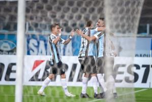 Grêmio faz 8 a 0 em time venezuelano e faz história em jogo da Sul-Americana