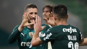 Palmeiras goleia Universitario e fica com segunda melhor campanha na Libertadores