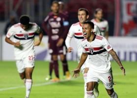 São Paulo supera a Ferroviária e encara o Mirassol na semifinal do Paulistão