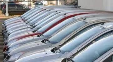 Vendas de veículos recuam 7,5% na passagem de março para abril, diz Fenabrave
