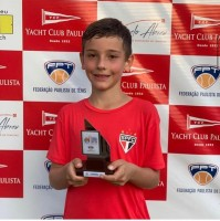 Itatibense de apenas 9 anos é um verdadeiro talento do tênis