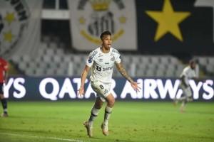 João Paulo garante vitória do Santos sobre o Independiente pela Sul-Americana