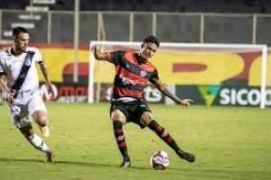 Vitória supera Ponte Preta e empurra Cruzeiro para zona da degola da Série B