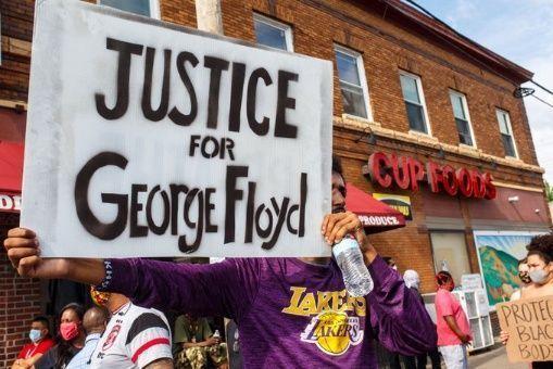 Londres também registra protestos por morte de George Floyd ...