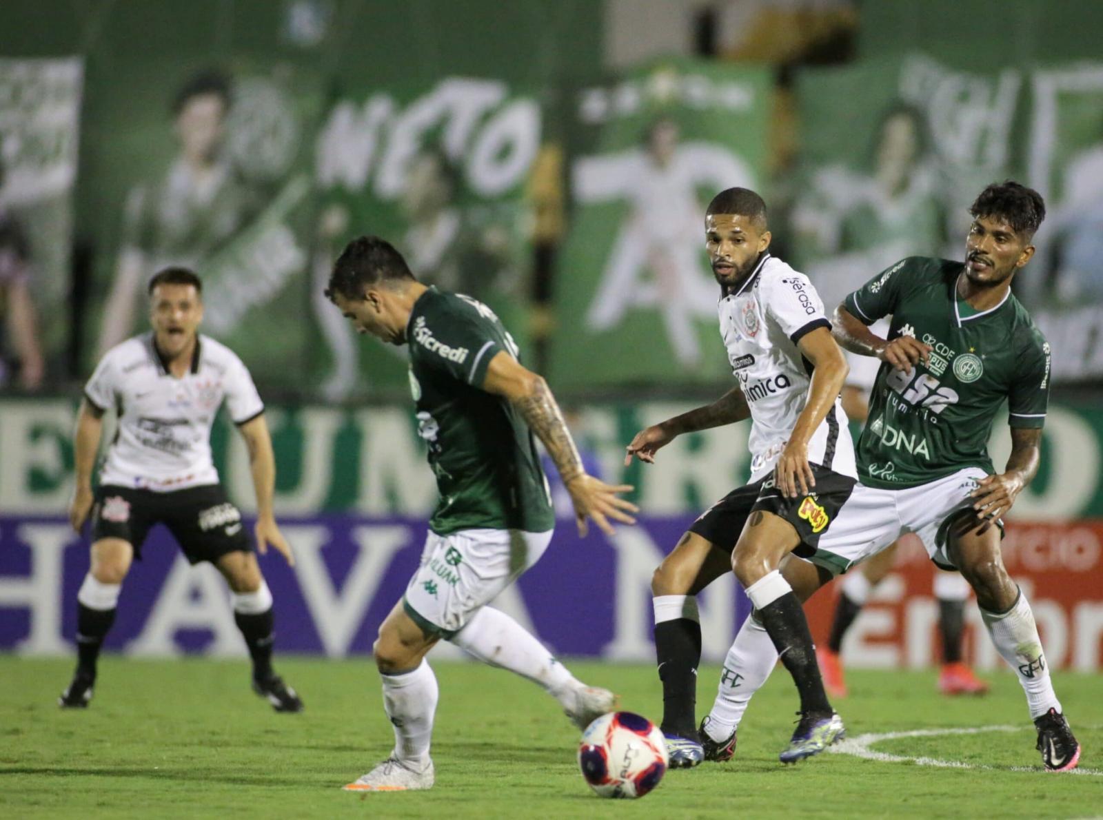 Corinthians volta a jogar mal, é pressionado, mas derrota o Guarani por 1 a 0