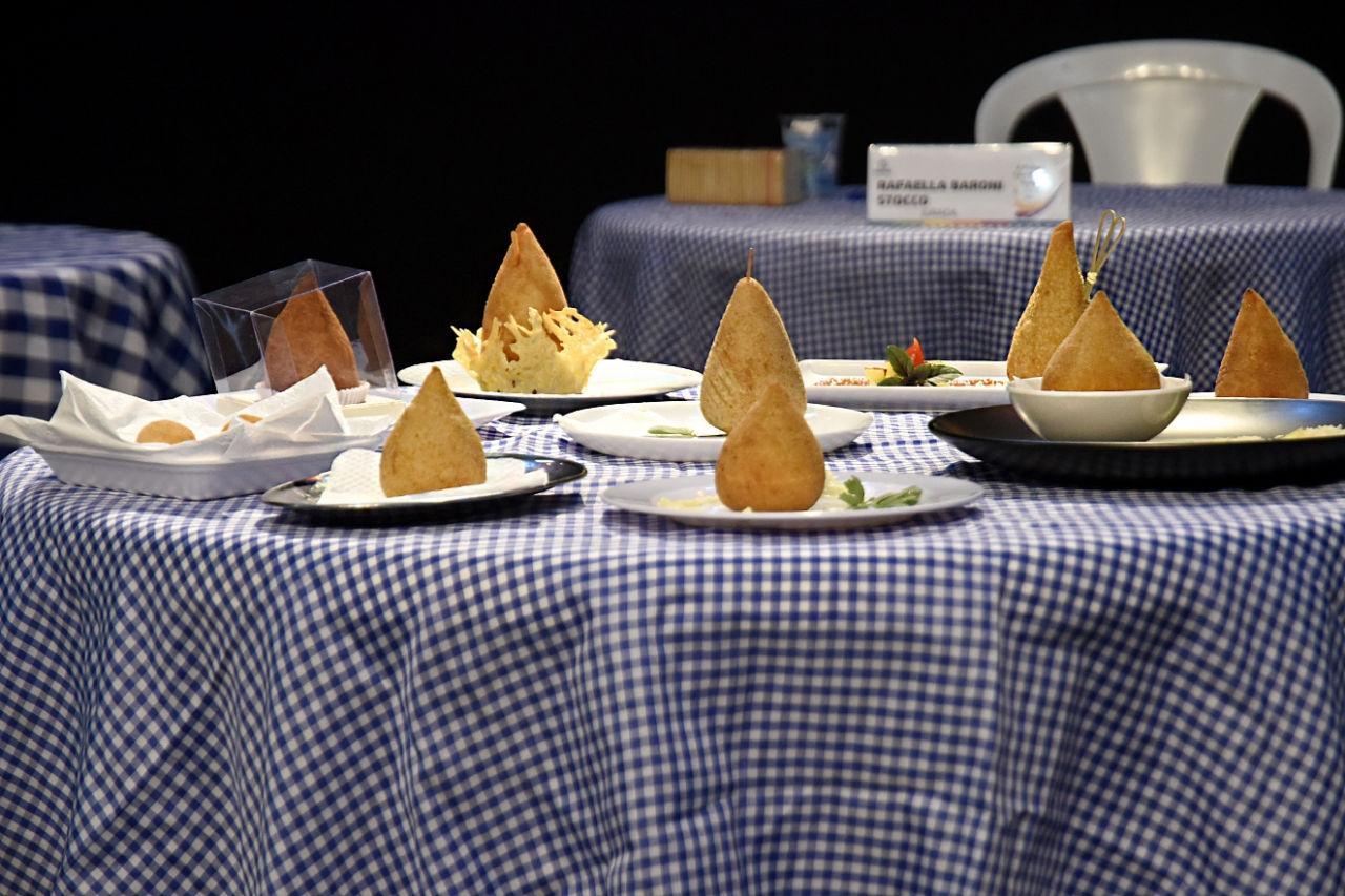 Kiosque Roseira vence nas duas categorias como a melhor coxinha de queijo de Jundiaí