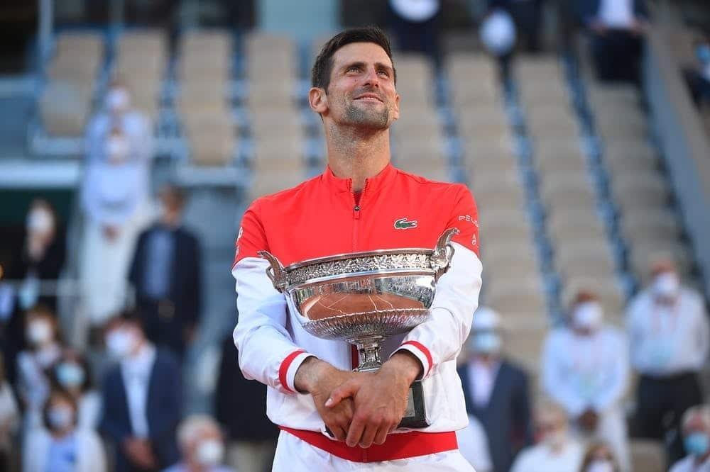 No retorno de Wimbledon, Djokovic busca recorde e Federer vira incógnita