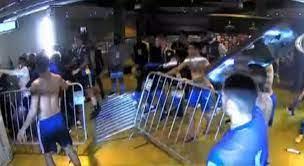 Delegação do Boca Juniors passa madrugada em delegacia após confusão no Mineirão