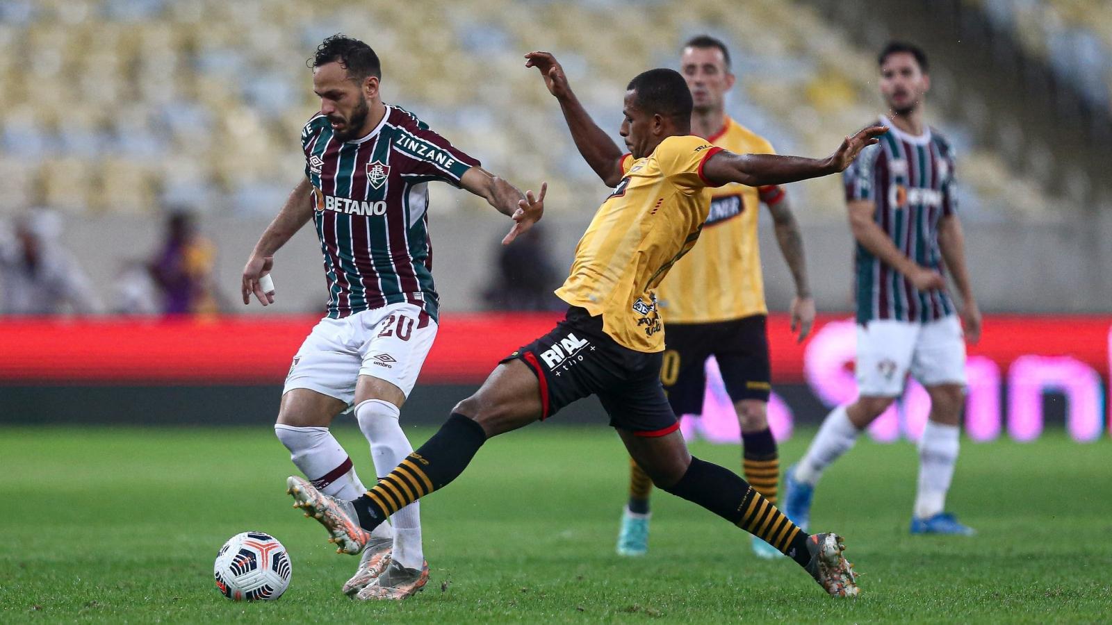 Com 2 pênaltis, Fluminense empata com Barcelona de Guayaquil no Maracanã