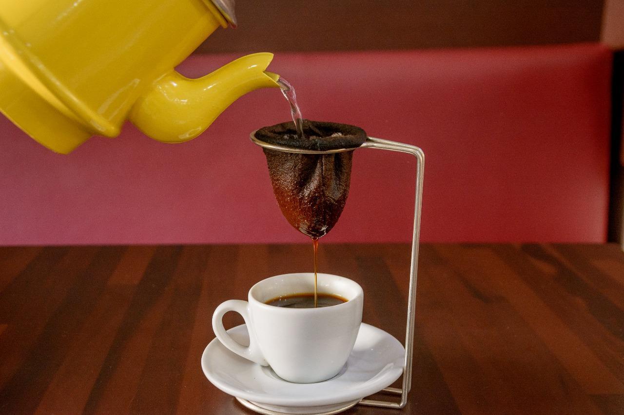 Frio aumenta venda de bebidas quentes em cafeterias de Itatiba