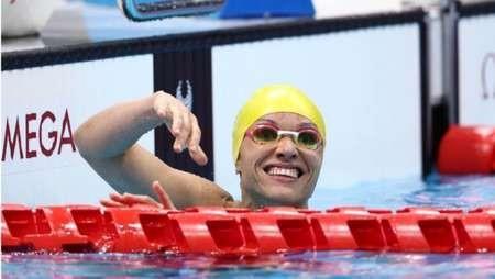 Maria Carolina Santiago quebra recorde paralímpico na natação e leva o ouro