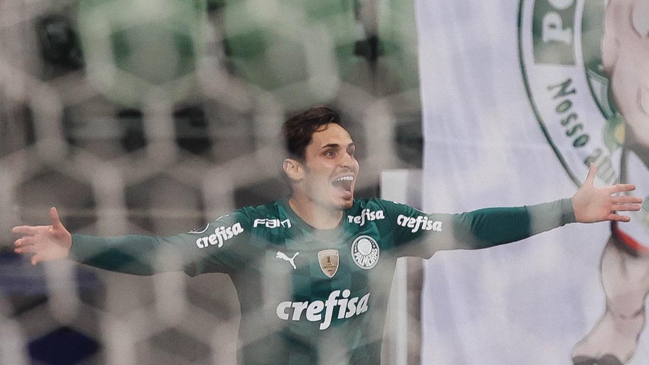 Palmeiras faz 3 a 0 no São Paulo, encerra tabu e vai à semifinal da Libertadores