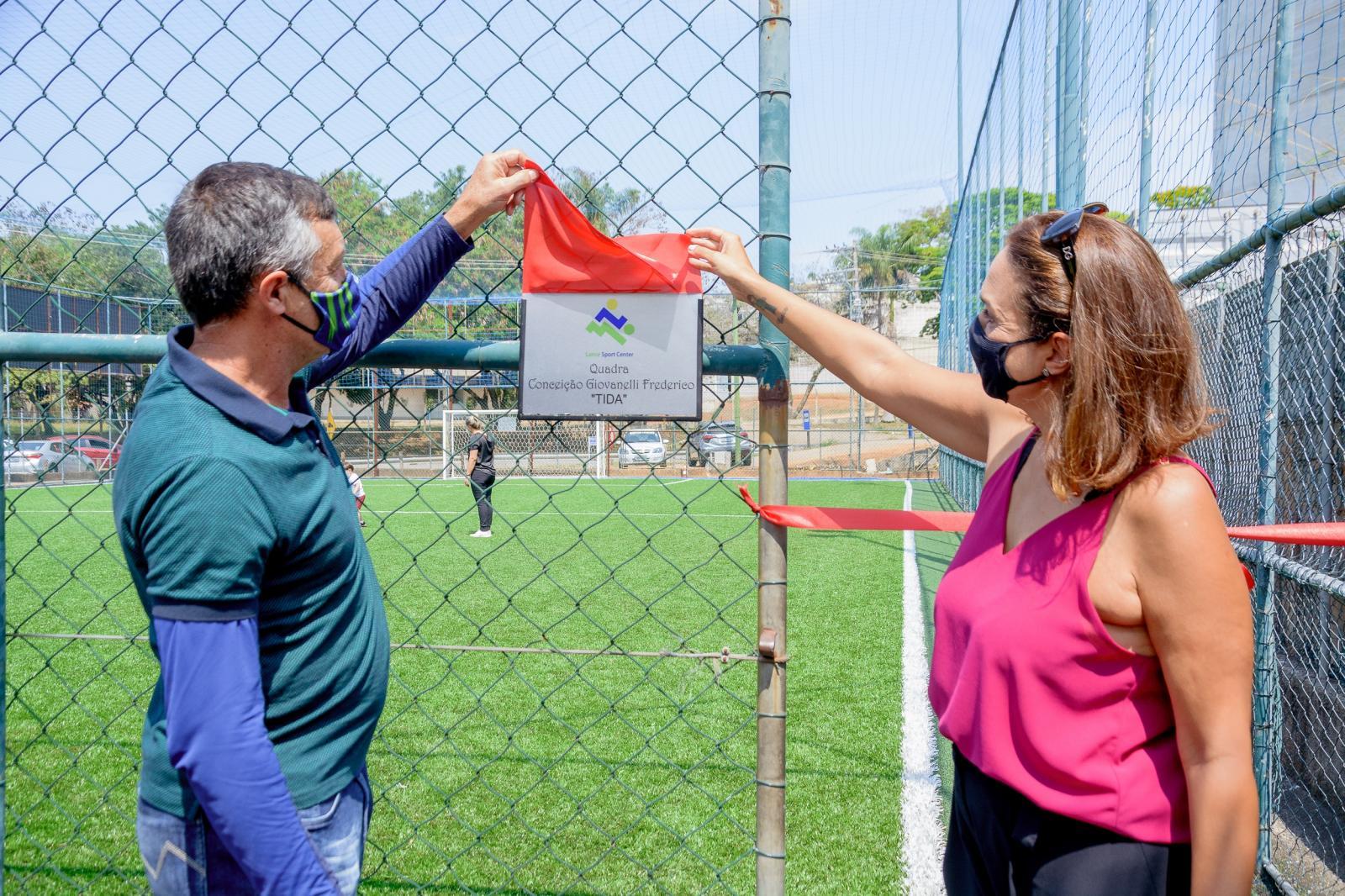 Lance Sport Center presta homenagens em reinauguração das quadras