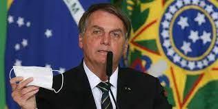 Bolsonaro diz que pretende revogar lei que obriga vacinação contra covid-19