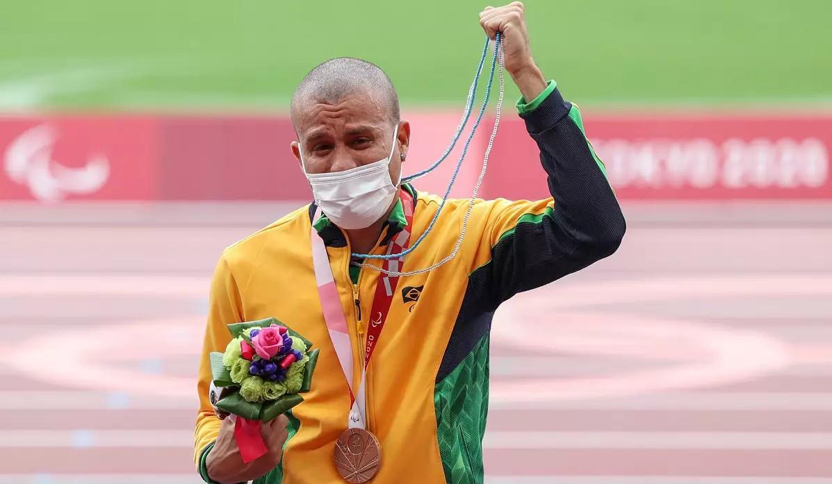 Ricardo Gomes ganha bronze para o Brasil na final dos 200m nos Jogos Paralímpicos