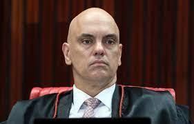 Alexandre manda prender e extraditar blogueiro bolsonarista Allan dos Santos