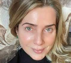 Dia do Professor: Leticia Spiller presta homenagem nas redes sociais
