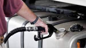 Preço do diesel atinge valor mais alto da década no Brasil